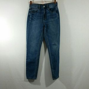 American Eagle Outfitters Hi Rise Mom Jeans Sz 2